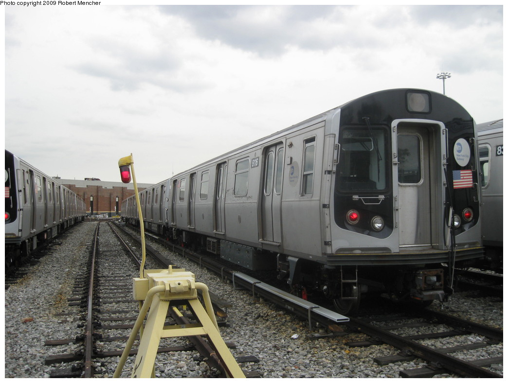 (197k, 1044x788)<br><b>Country:</b> United States<br><b>City:</b> New York<br><b>System:</b> New York City Transit<br><b>Location:</b> East New York Yard/Shops<br><b>Car:</b> R-143 (Kawasaki, 2001-2002) 8116 <br><b>Photo by:</b> Robert Mencher<br><b>Date:</b> 10/14/2009<br><b>Viewed (this week/total):</b> 1 / 280