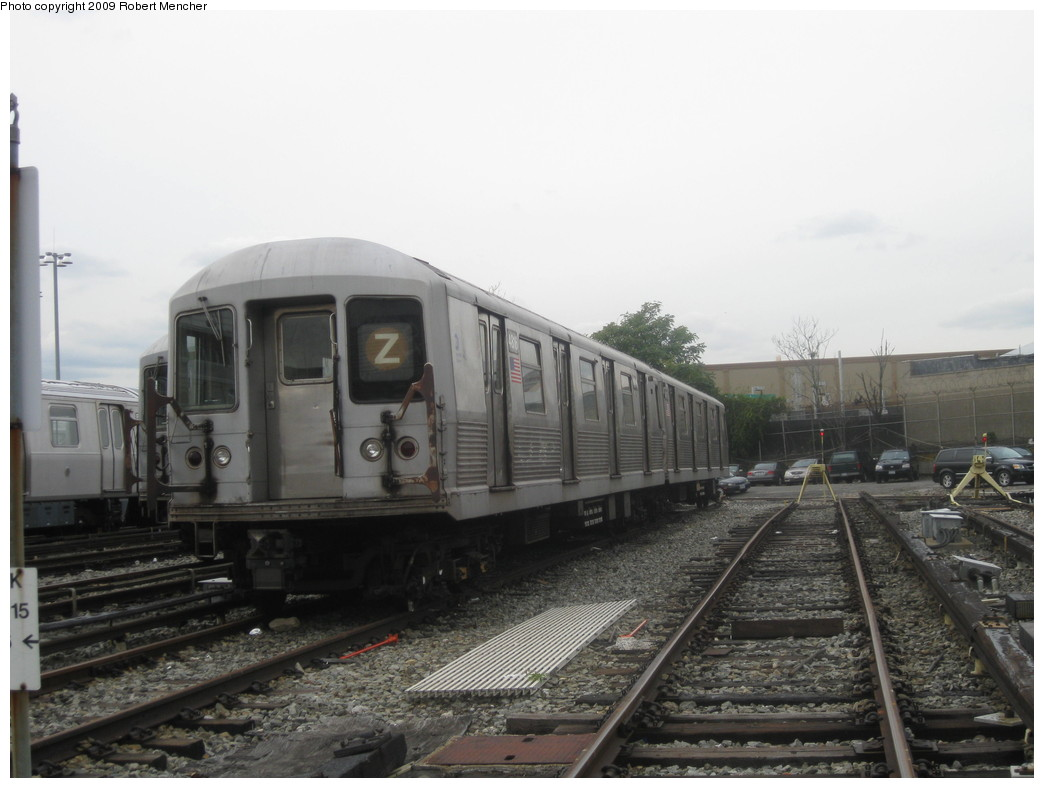 (171k, 1044x788)<br><b>Country:</b> United States<br><b>City:</b> New York<br><b>System:</b> New York City Transit<br><b>Location:</b> East New York Yard/Shops<br><b>Car:</b> R-42 (St. Louis, 1969-1970)  4816 <br><b>Photo by:</b> Robert Mencher<br><b>Date:</b> 10/14/2009<br><b>Viewed (this week/total):</b> 0 / 315