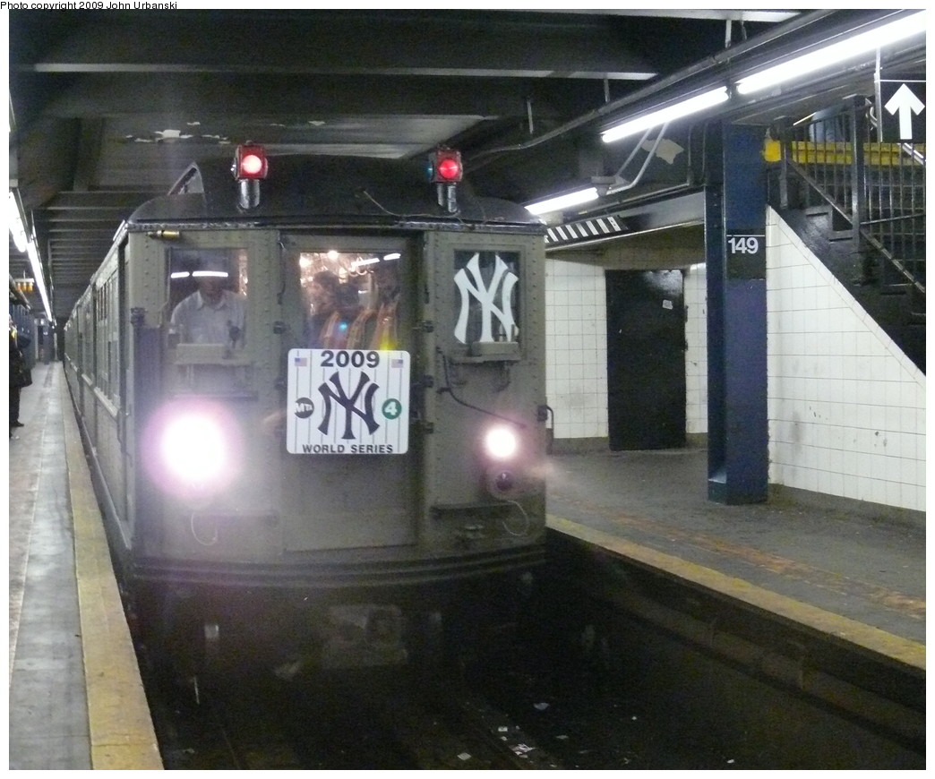 (225k, 1044x870)<br><b>Country:</b> United States<br><b>City:</b> New York<br><b>System:</b> New York City Transit<br><b>Line:</b> IRT Woodlawn Line<br><b>Location:</b> 149th Street/Grand Concourse <br><b>Route:</b> Fan Trip<br><b>Car:</b> Low-V (Museum Train)  <br><b>Photo by:</b> John Urbanski<br><b>Date:</b> 10/28/2009<br><b>Notes:</b> Yankees Special<br><b>Viewed (this week/total):</b> 2 / 1028