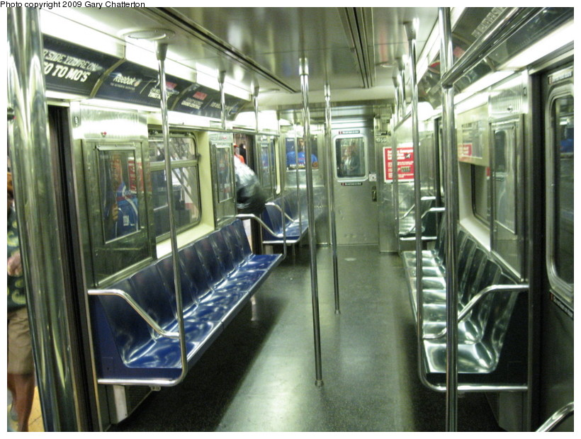 (156k, 820x620)<br><b>Country:</b> United States<br><b>City:</b> New York<br><b>System:</b> New York City Transit<br><b>Route:</b> S<br><b>Car:</b> R-62A (Bombardier, 1984-1987)  1956 <br><b>Photo by:</b> Gary Chatterton<br><b>Date:</b> 9/10/2009<br><b>Viewed (this week/total):</b> 2 / 680