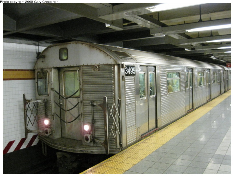 (140k, 820x620)<br><b>Country:</b> United States<br><b>City:</b> New York<br><b>System:</b> New York City Transit<br><b>Line:</b> IND 8th Avenue Line<br><b>Location:</b> 14th Street <br><b>Route:</b> C<br><b>Car:</b> R-32 (Budd, 1964)  3495 <br><b>Photo by:</b> Gary Chatterton<br><b>Date:</b> 9/22/2009<br><b>Viewed (this week/total):</b> 1 / 463