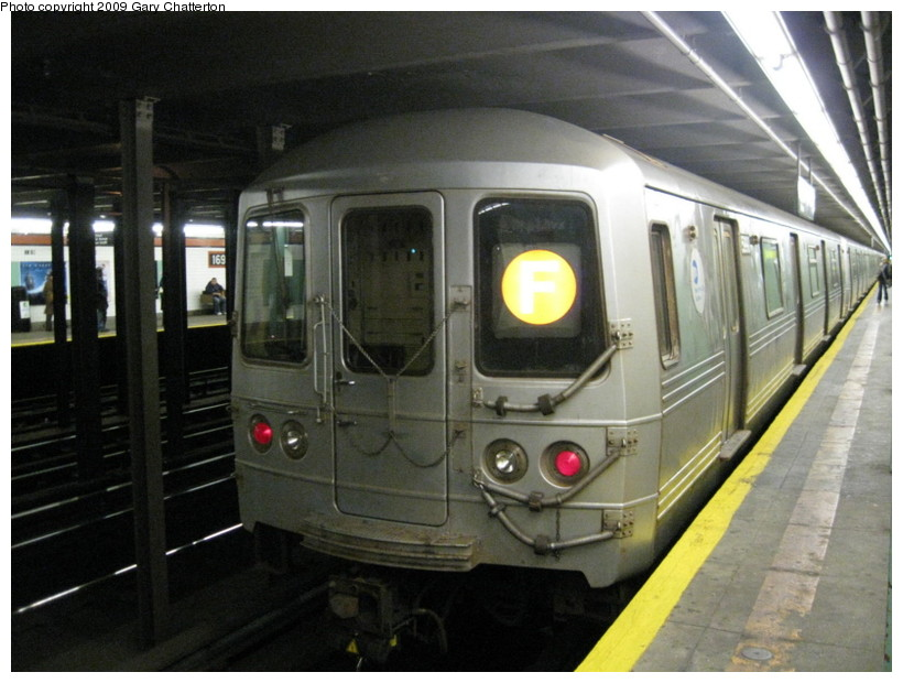(130k, 820x620)<br><b>Country:</b> United States<br><b>City:</b> New York<br><b>System:</b> New York City Transit<br><b>Line:</b> IND Queens Boulevard Line<br><b>Location:</b> 169th Street <br><b>Route:</b> F<br><b>Car:</b> R-46 (Pullman-Standard, 1974-75) 5990 <br><b>Photo by:</b> Gary Chatterton<br><b>Date:</b> 10/29/2009<br><b>Viewed (this week/total):</b> 6 / 1712