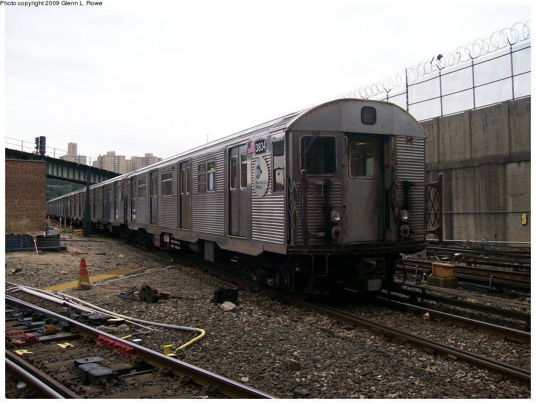 (229k, 1044x788)<br><b>Country:</b> United States<br><b>City:</b> New York<br><b>System:</b> New York City Transit<br><b>Location:</b> 207th Street Yard<br><b>Car:</b> R-32 (Budd, 1964)  3834 <br><b>Photo by:</b> Glenn L. Rowe<br><b>Date:</b> 10/9/2009<br><b>Viewed (this week/total):</b> 0 / 443