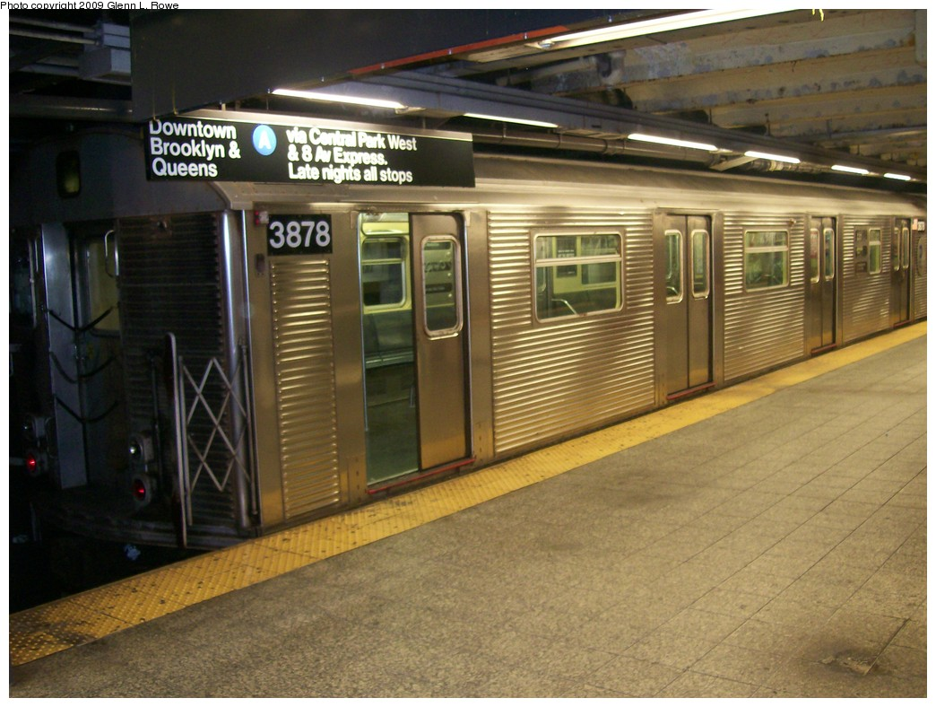 (210k, 1044x788)<br><b>Country:</b> United States<br><b>City:</b> New York<br><b>System:</b> New York City Transit<br><b>Line:</b> IND 8th Avenue Line<br><b>Location:</b> 207th Street <br><b>Route:</b> A<br><b>Car:</b> R-32 (Budd, 1964)  3878 <br><b>Photo by:</b> Glenn L. Rowe<br><b>Date:</b> 10/16/2009<br><b>Viewed (this week/total):</b> 0 / 367