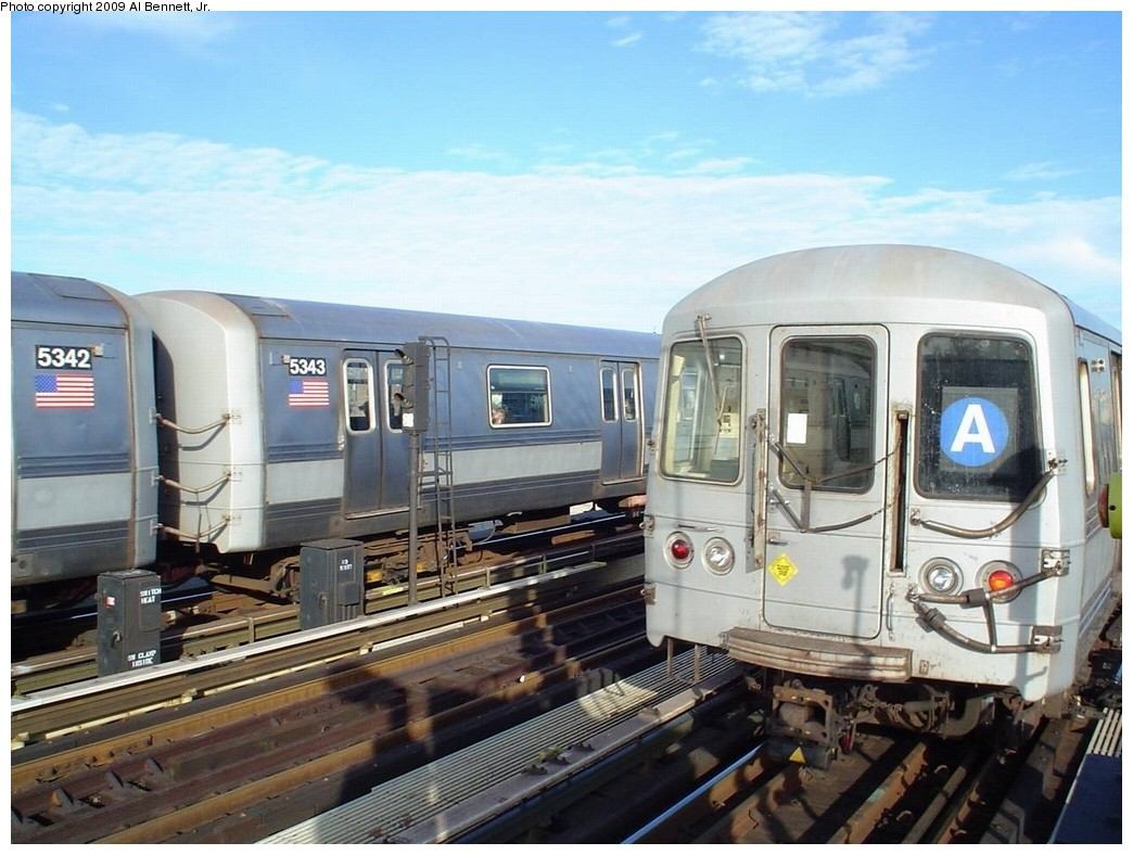 (195k, 1044x788)<br><b>Country:</b> United States<br><b>City:</b> New York<br><b>System:</b> New York City Transit<br><b>Line:</b> IND Fulton Street Line<br><b>Location:</b> Rockaway Boulevard <br><b>Route:</b> A<br><b>Car:</b> R-44 (St. Louis, 1971-73) 5342/5343/5452 <br><b>Photo by:</b> Al Bennett, Jr.<br><b>Date:</b> 1/6/2008<br><b>Viewed (this week/total):</b> 4 / 675
