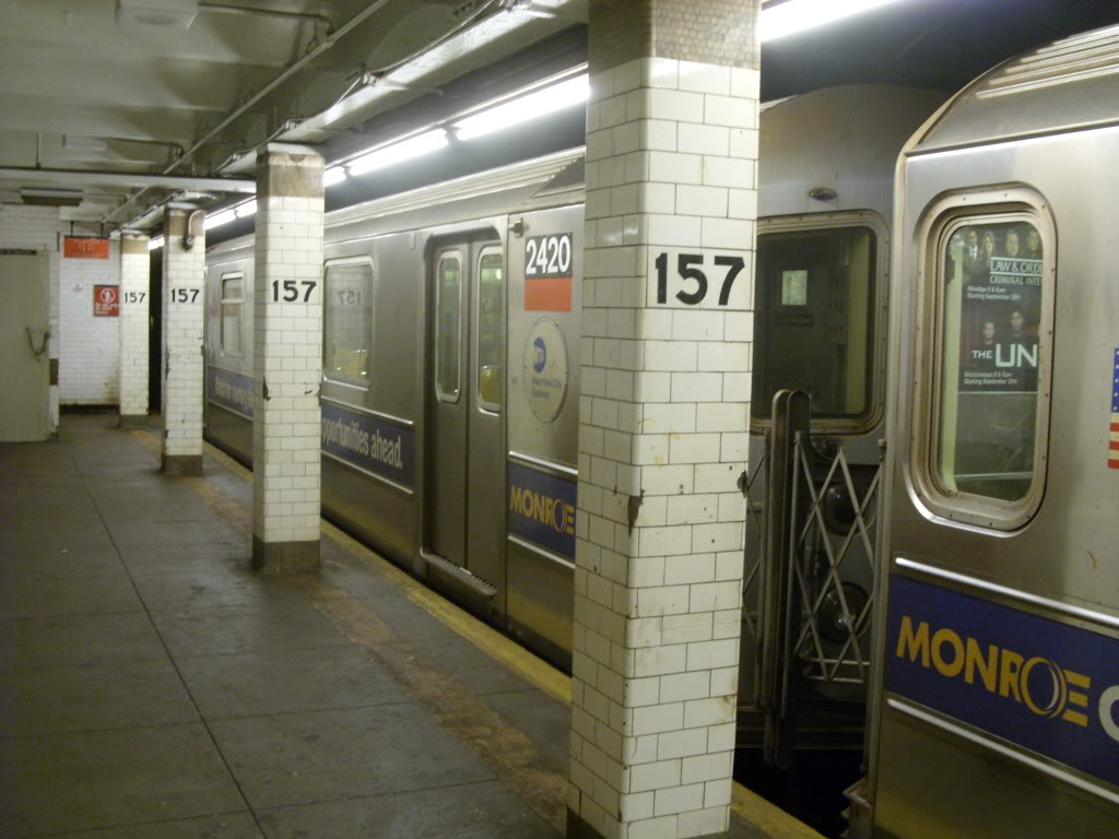 (146k, 1024x768)<br><b>Country:</b> United States<br><b>City:</b> New York<br><b>System:</b> New York City Transit<br><b>Line:</b> IRT West Side Line<br><b>Location:</b> 157th Street <br><b>Route:</b> 1<br><b>Car:</b> R-62A (Bombardier, 1984-1987)  2420 <br><b>Photo by:</b> Leonard Wilson<br><b>Date:</b> 10/6/2009<br><b>Viewed (this week/total):</b> 0 / 725