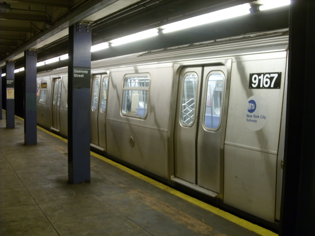 (126k, 1024x768)<br><b>Country:</b> United States<br><b>City:</b> New York<br><b>System:</b> New York City Transit<br><b>Line:</b> IND Queens Boulevard Line<br><b>Location:</b> Steinway Street <br><b>Route:</b> E<br><b>Car:</b> R-160B (Option 1) (Kawasaki, 2008-2009)  9167 <br><b>Photo by:</b> Leonard Wilson<br><b>Date:</b> 10/11/2009<br><b>Viewed (this week/total):</b> 1 / 776
