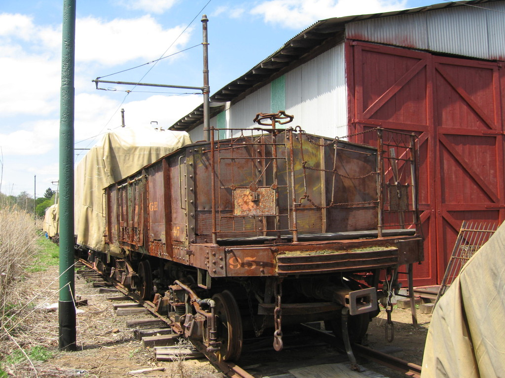 (259k, 1024x768)<br><b>Country:</b> United States<br><b>City:</b> East Haven/Branford, Ct.<br><b>System:</b> Shore Line Trolley Museum <br><b>Car:</b> IRT Covered Hopper 95 <br><b>Photo by:</b> Frank Pfuhler<br><b>Date:</b> 5/2/2009<br><b>Notes:</b> Being restored at Shore Line Trolley Museum<br><b>Viewed (this week/total):</b> 5 / 588