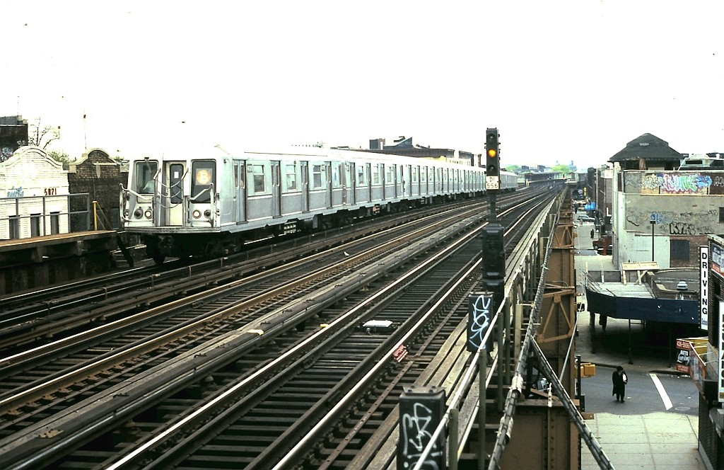 (201k, 1024x664)<br><b>Country:</b> United States<br><b>City:</b> New York<br><b>System:</b> New York City Transit<br><b>Line:</b> BMT West End Line<br><b>Location:</b> 50th Street <br><b>Route:</b> B<br><b>Car:</b> R-40 (St. Louis, 1968)  4179 <br><b>Collection of:</b> John Barnes<br><b>Date:</b> 5/5/1989<br><b>Viewed (this week/total):</b> 0 / 1901