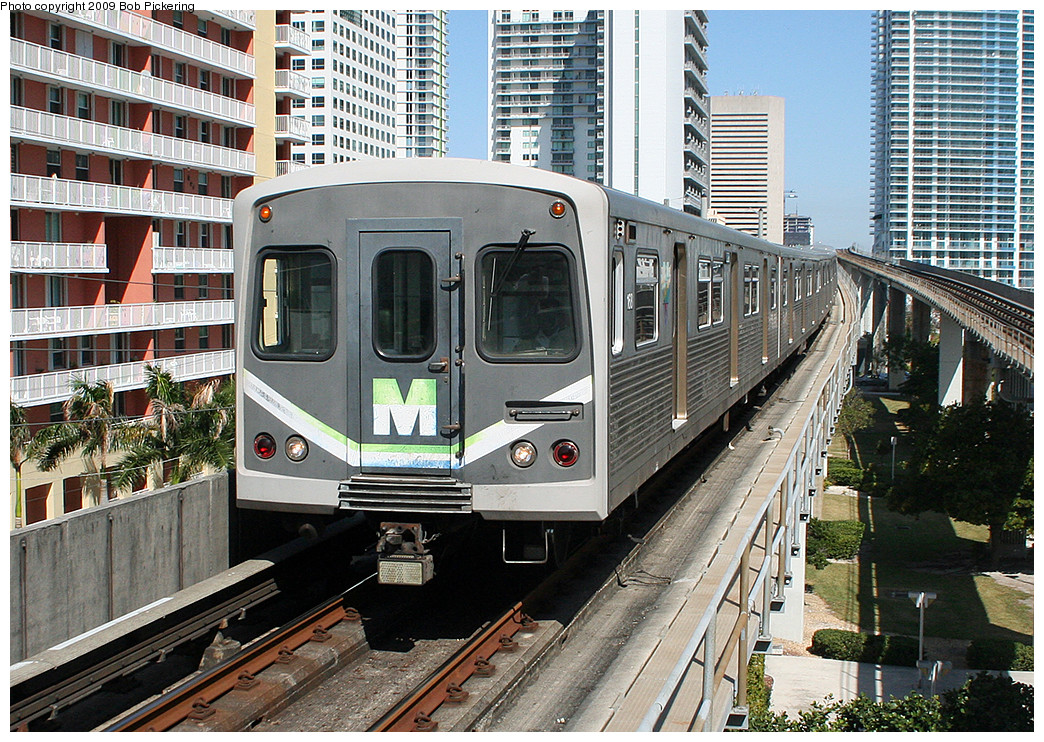 (421k, 1044x742)<br><b>Country:</b> United States<br><b>City:</b> Miami, FL<br><b>System:</b> Miami Metrorail<br><b>Location:</b> Brickell <br><b>Photo by:</b> Bob Pickering<br><b>Date:</b> 2/20/2009<br><b>Viewed (this week/total):</b> 2 / 349