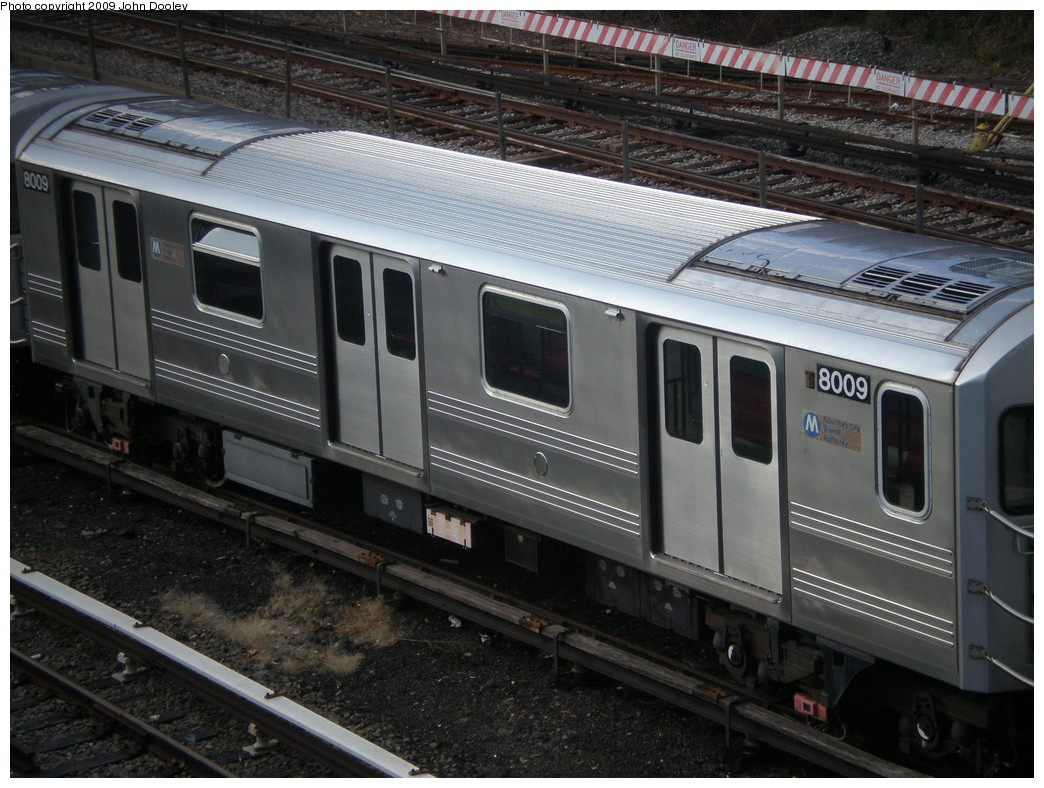 (250k, 1044x788)<br><b>Country:</b> United States<br><b>City:</b> New York<br><b>System:</b> New York City Transit<br><b>Location:</b> Concourse Yard<br><b>Car:</b> R-110A (Kawasaki, 1992) 8009 <br><b>Photo by:</b> John Dooley<br><b>Date:</b> 12/11/2009<br><b>Viewed (this week/total):</b> 3 / 864
