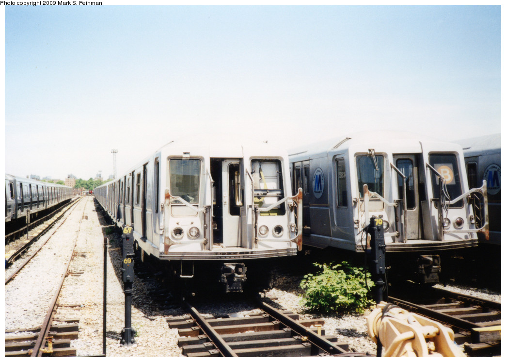 (216k, 1044x746)<br><b>Country:</b> United States<br><b>City:</b> New York<br><b>System:</b> New York City Transit<br><b>Location:</b> Coney Island Yard<br><b>Car:</b> R-40 (St. Louis, 1968)   <br><b>Photo by:</b> Mark S. Feinman<br><b>Date:</b> 5/30/1993<br><b>Viewed (this week/total):</b> 1 / 884