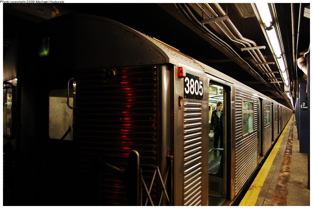 (197k, 1044x699)<br><b>Country:</b> United States<br><b>City:</b> New York<br><b>System:</b> New York City Transit<br><b>Line:</b> IND 6th Avenue Line<br><b>Location:</b> 2nd Avenue <br><b>Route:</b> V<br><b>Car:</b> R-32 (Budd, 1964)  3805 <br><b>Photo by:</b> Michael Hodurski<br><b>Date:</b> 12/10/2009<br><b>Viewed (this week/total):</b> 1 / 783