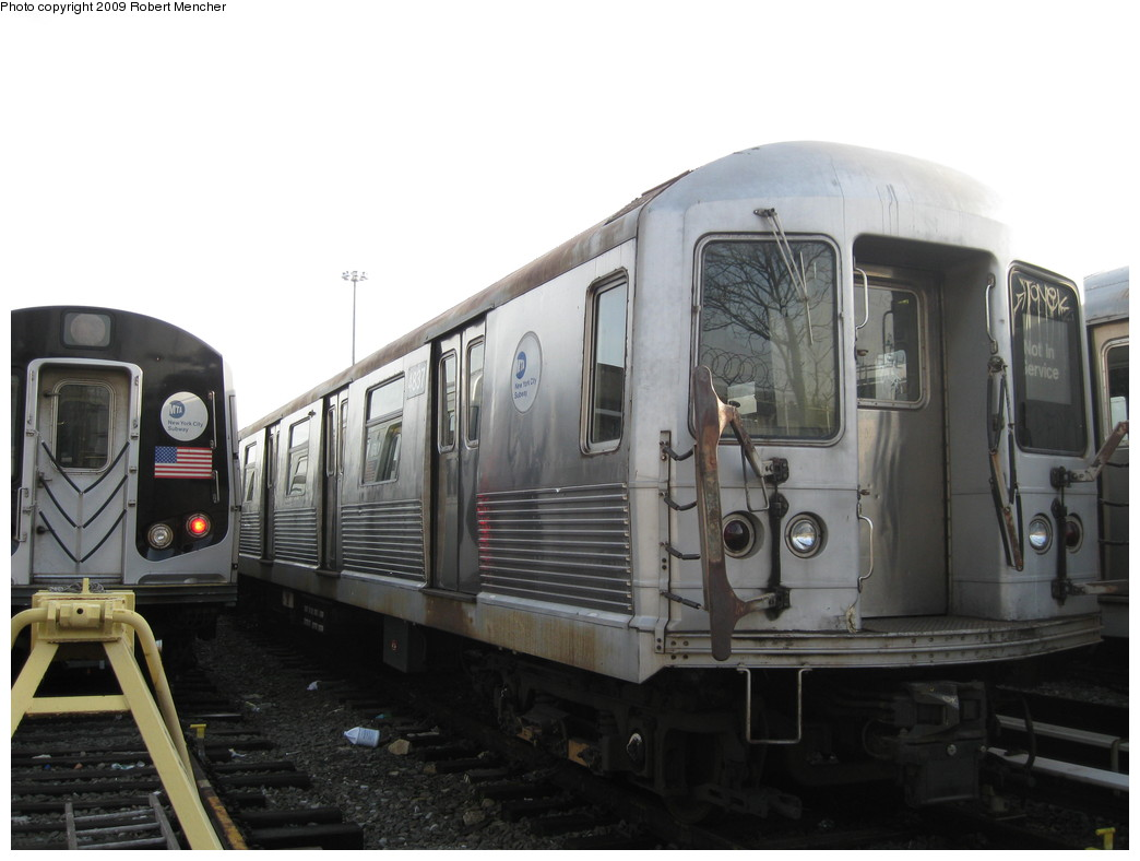 (158k, 1044x788)<br><b>Country:</b> United States<br><b>City:</b> New York<br><b>System:</b> New York City Transit<br><b>Location:</b> East New York Yard/Shops<br><b>Car:</b> R-42 (St. Louis, 1969-1970)  4837 <br><b>Photo by:</b> Robert Mencher<br><b>Date:</b> 12/14/2009<br><b>Viewed (this week/total):</b> 0 / 307