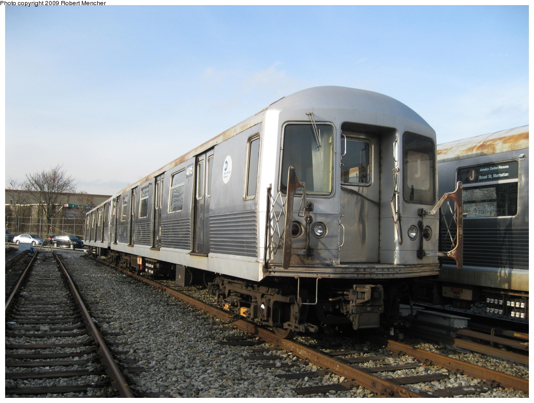 (216k, 1044x788)<br><b>Country:</b> United States<br><b>City:</b> New York<br><b>System:</b> New York City Transit<br><b>Location:</b> East New York Yard/Shops<br><b>Car:</b> R-42 (St. Louis, 1969-1970)  4815 <br><b>Photo by:</b> Robert Mencher<br><b>Date:</b> 12/14/2009<br><b>Viewed (this week/total):</b> 0 / 308