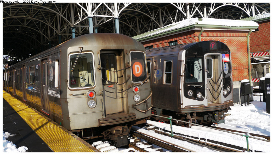 (298k, 1044x596)<br><b>Country:</b> United States<br><b>City:</b> New York<br><b>System:</b> New York City Transit<br><b>Location:</b> Coney Island/Stillwell Avenue<br><b>Photo by:</b> David Tropiansky<br><b>Date:</b> 12/20/2009<br><b>Viewed (this week/total):</b> 1 / 622