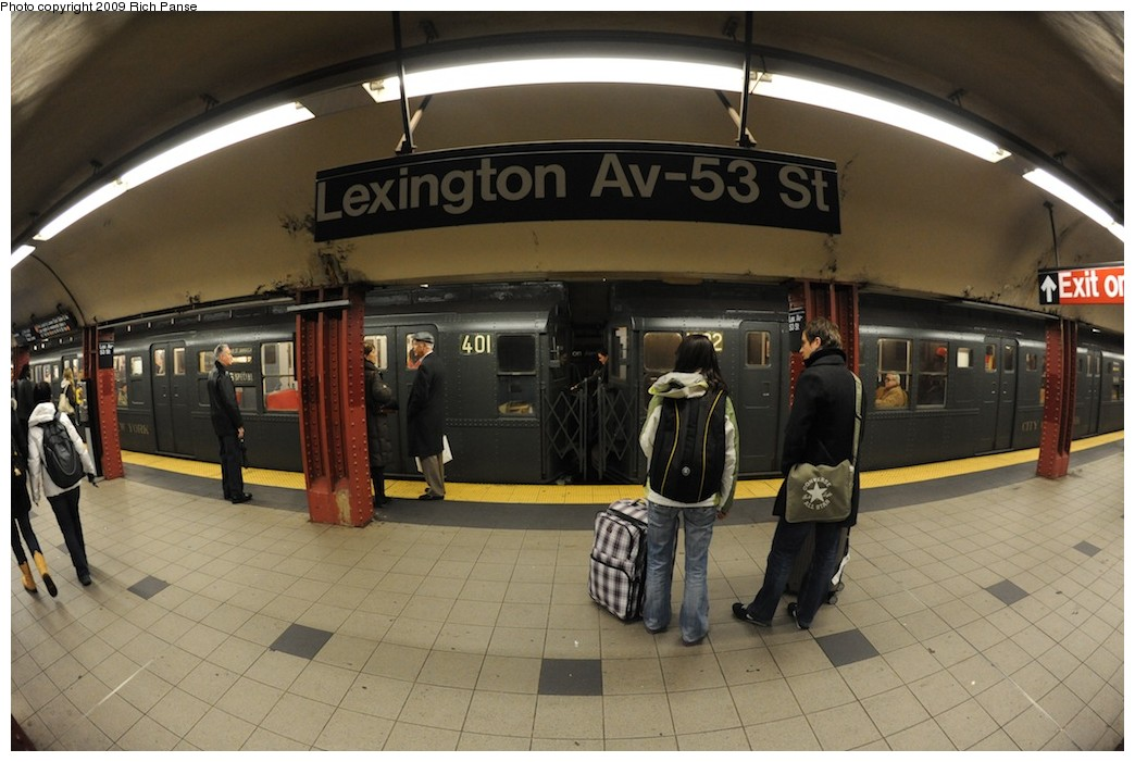 (173k, 1044x701)<br><b>Country:</b> United States<br><b>City:</b> New York<br><b>System:</b> New York City Transit<br><b>Line:</b> IND Queens Boulevard Line<br><b>Location:</b> Lexington Avenue-53rd Street <br><b>Route:</b> Museum Train Service (V)<br><b>Car:</b> R-4 (American Car & Foundry, 1932-1933) 401 <br><b>Photo by:</b> Richard Panse<br><b>Date:</b> 12/13/2009<br><b>Viewed (this week/total):</b> 2 / 511