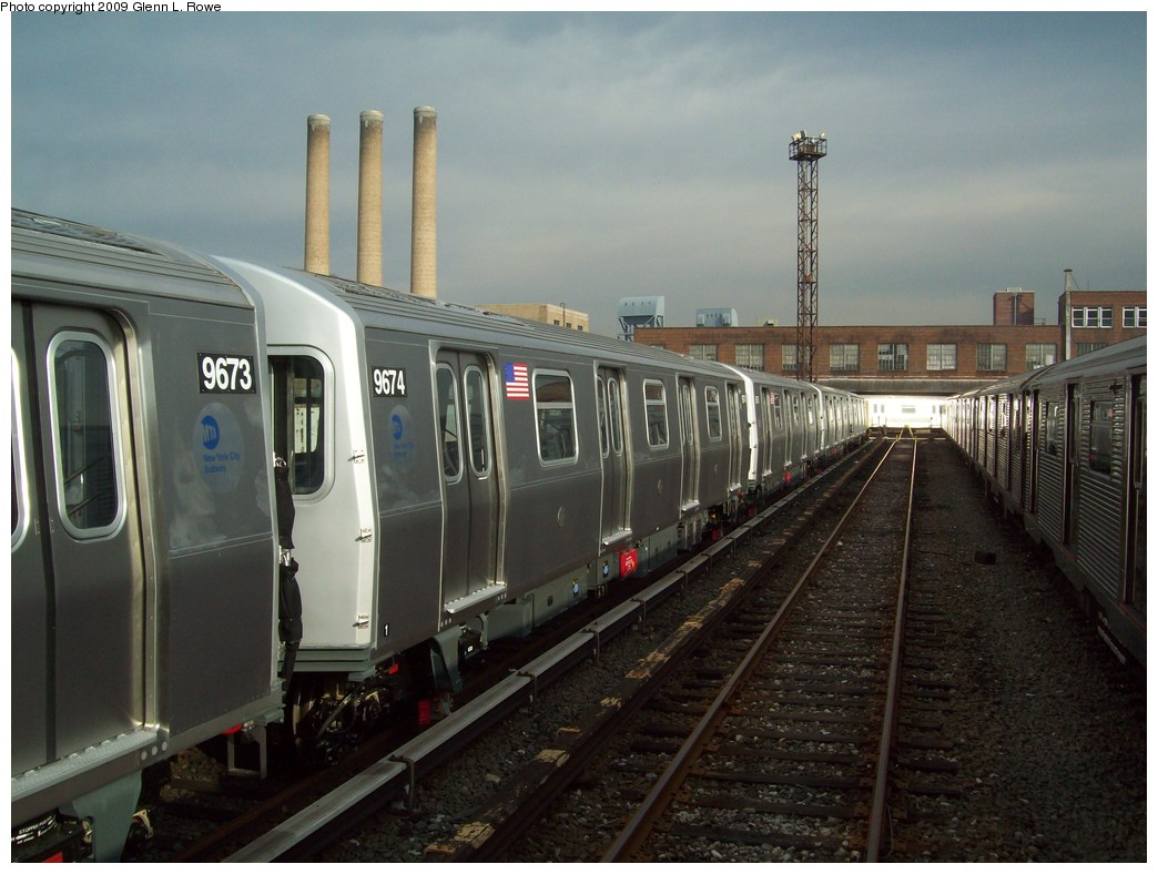 (198k, 1044x788)<br><b>Country:</b> United States<br><b>City:</b> New York<br><b>System:</b> New York City Transit<br><b>Location:</b> 207th Street Yard<br><b>Car:</b> R-160A (Option 2) (Alstom, 2009, 5-car sets)  9674 <br><b>Photo by:</b> Glenn L. Rowe<br><b>Date:</b> 12/7/2009<br><b>Viewed (this week/total):</b> 1 / 786