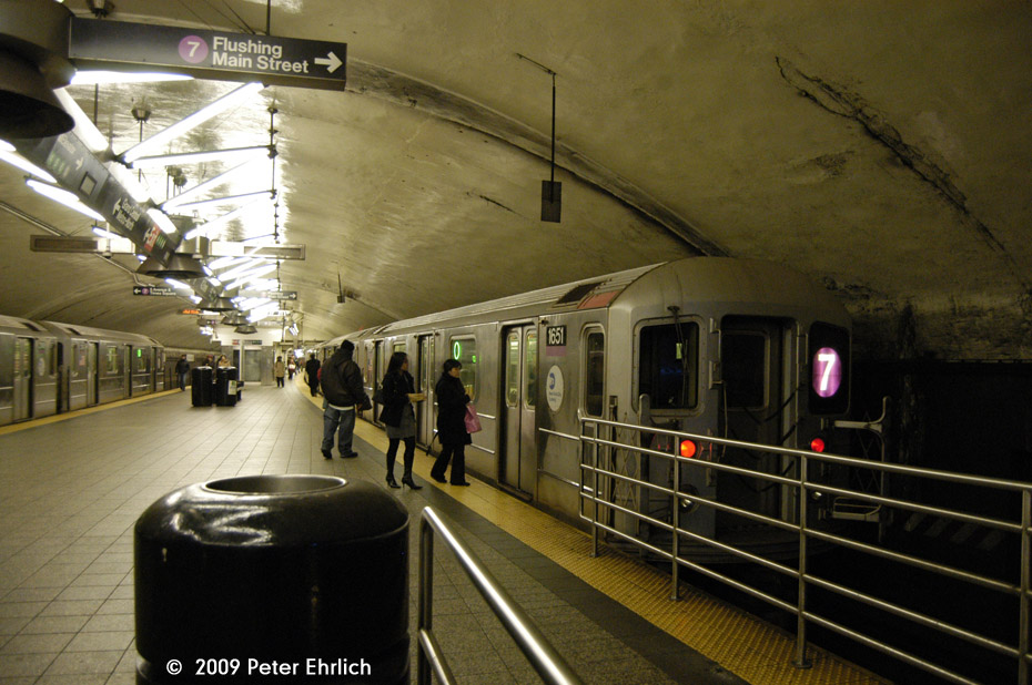 (182k, 930x618)<br><b>Country:</b> United States<br><b>City:</b> New York<br><b>System:</b> New York City Transit<br><b>Line:</b> IRT Flushing Line<br><b>Location:</b> Grand Central <br><b>Car:</b> R-62A (Bombardier, 1984-1987)  1651 <br><b>Photo by:</b> Peter Ehrlich<br><b>Date:</b> 12/6/2009<br><b>Notes:</b> Outbound<br><b>Viewed (this week/total):</b> 2 / 653