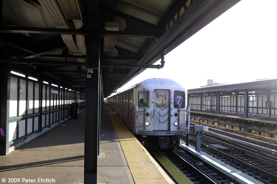 (170k, 930x618)<br><b>Country:</b> United States<br><b>City:</b> New York<br><b>System:</b> New York City Transit<br><b>Line:</b> IRT Flushing Line<br><b>Location:</b> 74th Street/Broadway <br><b>Car:</b> R-62A (Bombardier, 1984-1987)  1685 <br><b>Photo by:</b> Peter Ehrlich<br><b>Date:</b> 12/6/2009<br><b>Notes:</b> Inbound<br><b>Viewed (this week/total):</b> 0 / 1127
