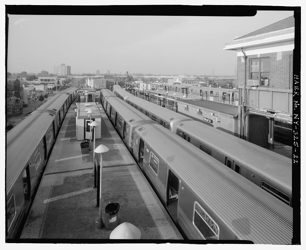 (136k, 1024x836)<br><b>Country:</b> United States<br><b>City:</b> New York<br><b>System:</b> New York City Transit<br><b>Location:</b> Coney Island/Stillwell Avenue<br><b>Photo by:</b> Rob Tucher, Historic American Engineering Record<br><b>Collection of:</b> Library of Congress, Prints and Photographs Division<br><b>Notes:</b> View of platforms and trains from RTO building elevated platform. Looking north.<br><b>Viewed (this week/total):</b> 3 / 1515