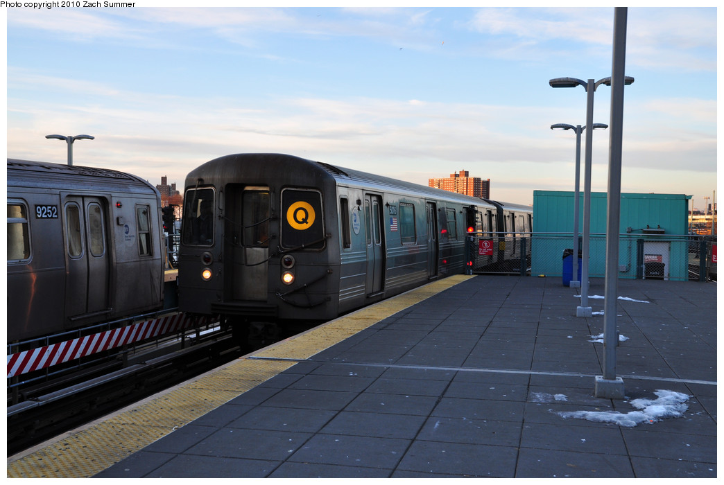 (203k, 1044x700)<br><b>Country:</b> United States<br><b>City:</b> New York<br><b>System:</b> New York City Transit<br><b>Location:</b> Coney Island/Stillwell Avenue<br><b>Route:</b> Q put-in<br><b>Car:</b> R-68A (Kawasaki, 1988-1989)  5016 <br><b>Photo by:</b> Zach Summer<br><b>Date:</b> 1/6/2010<br><b>Viewed (this week/total):</b> 2 / 1139
