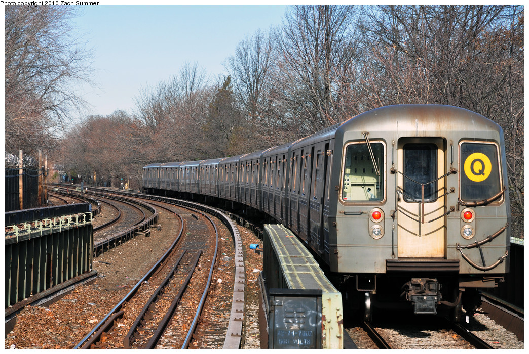 (397k, 1044x700)<br><b>Country:</b> United States<br><b>City:</b> New York<br><b>System:</b> New York City Transit<br><b>Line:</b> BMT Brighton Line<br><b>Location:</b> Sheepshead Bay <br><b>Route:</b> Q<br><b>Car:</b> R-68A (Kawasaki, 1988-1989)  5178 <br><b>Photo by:</b> Zach Summer<br><b>Date:</b> 1/7/2010<br><b>Viewed (this week/total):</b> 2 / 524