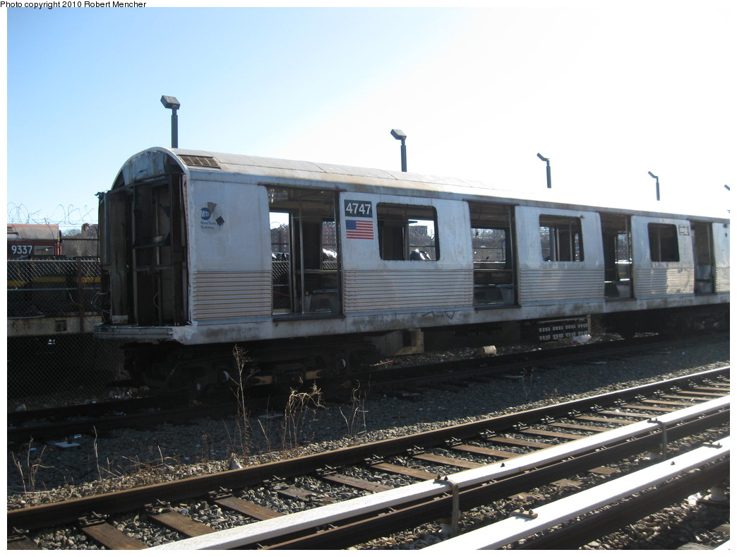 (196k, 1044x788)<br><b>Country:</b> United States<br><b>City:</b> New York<br><b>System:</b> New York City Transit<br><b>Location:</b> 207th Street Yard<br><b>Car:</b> R-42 (St. Louis, 1969-1970)  4747 <br><b>Photo by:</b> Robert Mencher<br><b>Date:</b> 1/18/2010<br><b>Notes:</b> Scrap<br><b>Viewed (this week/total):</b> 1 / 239