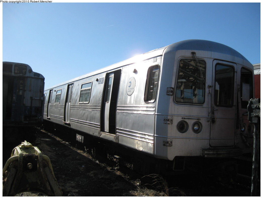 (154k, 1044x788)<br><b>Country:</b> United States<br><b>City:</b> New York<br><b>System:</b> New York City Transit<br><b>Location:</b> 207th Street Yard<br><b>Car:</b> R-44 (St. Louis, 1971-73) 5290 <br><b>Photo by:</b> Robert Mencher<br><b>Date:</b> 1/18/2010<br><b>Viewed (this week/total):</b> 0 / 505