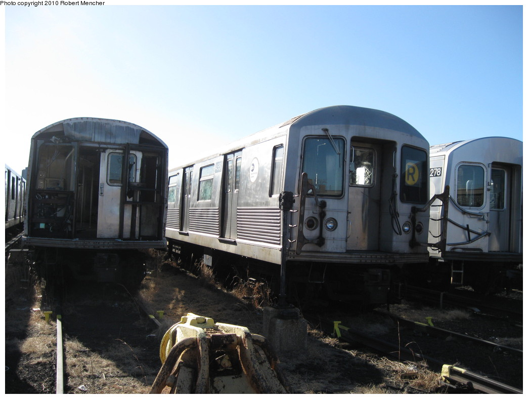 (180k, 1044x788)<br><b>Country:</b> United States<br><b>City:</b> New York<br><b>System:</b> New York City Transit<br><b>Location:</b> 207th Street Yard<br><b>Car:</b> R-42 (St. Louis, 1969-1970)  4551 <br><b>Photo by:</b> Robert Mencher<br><b>Date:</b> 1/18/2010<br><b>Notes:</b> Scrap<br><b>Viewed (this week/total):</b> 2 / 1096