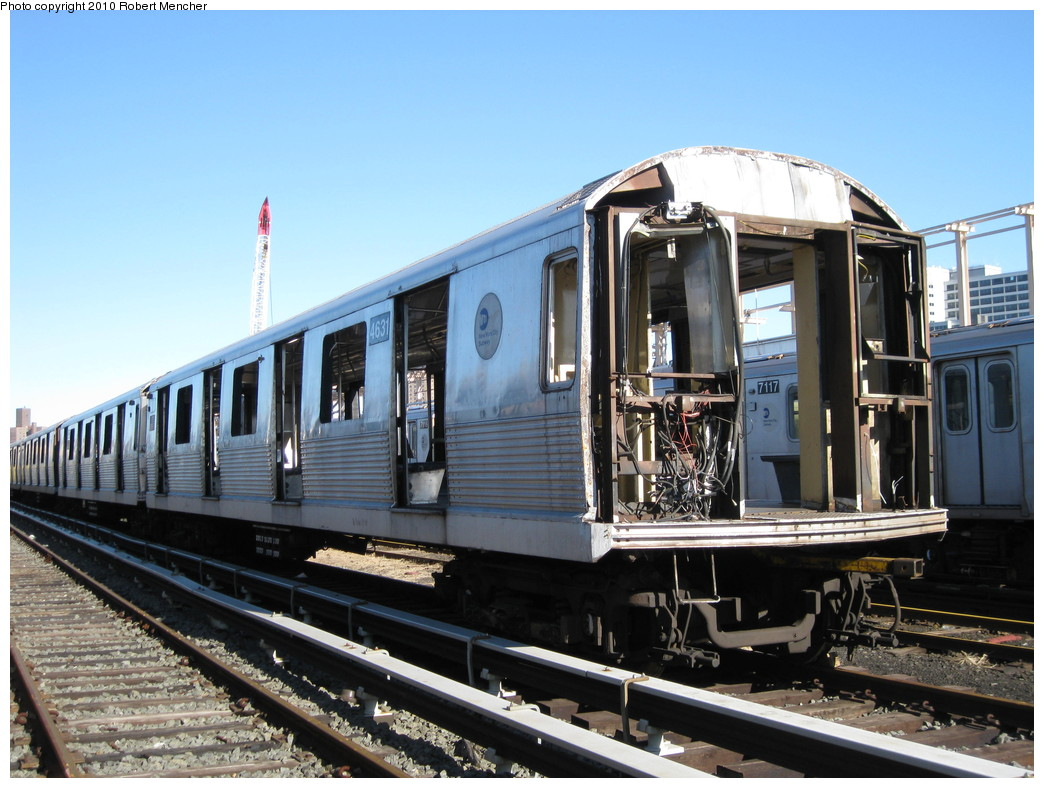 (226k, 1044x788)<br><b>Country:</b> United States<br><b>City:</b> New York<br><b>System:</b> New York City Transit<br><b>Location:</b> 207th Street Yard<br><b>Car:</b> R-42 (St. Louis, 1969-1970)  4631 <br><b>Photo by:</b> Robert Mencher<br><b>Date:</b> 1/18/2010<br><b>Notes:</b> Scrap<br><b>Viewed (this week/total):</b> 2 / 401