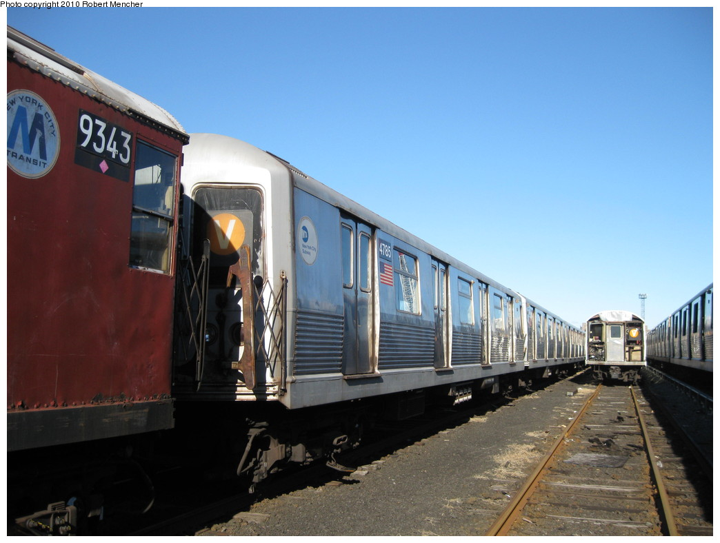 (184k, 1044x788)<br><b>Country:</b> United States<br><b>City:</b> New York<br><b>System:</b> New York City Transit<br><b>Location:</b> 207th Street Yard<br><b>Car:</b> R-42 (St. Louis, 1969-1970)  4785 <br><b>Photo by:</b> Robert Mencher<br><b>Date:</b> 1/18/2010<br><b>Viewed (this week/total):</b> 1 / 571