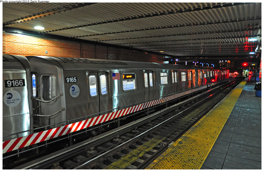 (340k, 1044x682)<br><b>Country:</b> United States<br><b>City:</b> New York<br><b>System:</b> New York City Transit<br><b>Location:</b> Coney Island/Stillwell Avenue<br><b>Route:</b> F<br><b>Car:</b> R-160B (Option 1) (Kawasaki, 2008-2009)  9165 <br><b>Photo by:</b> Zach Summer<br><b>Date:</b> 1/8/2010<br><b>Viewed (this week/total):</b> 0 / 1066