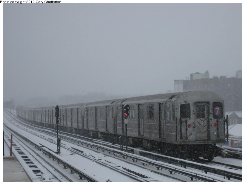 (98k, 820x620)<br><b>Country:</b> United States<br><b>City:</b> New York<br><b>System:</b> New York City Transit<br><b>Line:</b> IRT Flushing Line<br><b>Location:</b> 40th Street/Lowery Street <br><b>Route:</b> 7<br><b>Car:</b> R-62A (Bombardier, 1984-1987)  1696 <br><b>Photo by:</b> Gary Chatterton<br><b>Date:</b> 2/10/2010<br><b>Viewed (this week/total):</b> 0 / 515