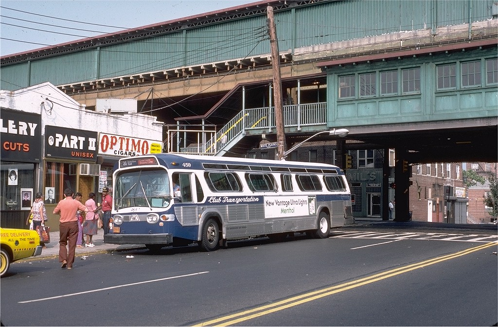 (259k, 1024x673)<br><b>Country:</b> United States<br><b>City:</b> New York<br><b>System:</b> New York City Transit<br><b>Line:</b> IRT White Plains Road Line<br><b>Location:</b> 238th Street (Nereid Avenue) <br><b>Photo by:</b> Doug Grotjahn<br><b>Collection of:</b> Joe Testagrose<br><b>Date:</b> 7/17/1982<br><b>Notes:</b> View of station with ClubTransportation bus #459 on Rt. 26<br><b>Viewed (this week/total):</b> 4 / 3394