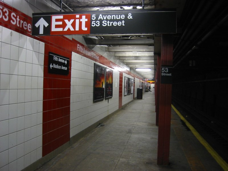 (77k, 800x600)<br><b>Country:</b> United States<br><b>City:</b> New York<br><b>System:</b> New York City Transit<br><b>Line:</b> IND Queens Boulevard Line<br><b>Location:</b> 5th Avenue/53rd Street <br><b>Photo by:</b> Brian Weinberg<br><b>Date:</b> 4/1/2005<br><b>Notes:</b> Lower level<br><b>Viewed (this week/total):</b> 1 / 1840
