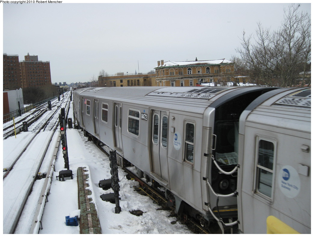 (208k, 1044x788)<br><b>Country:</b> United States<br><b>City:</b> New York<br><b>System:</b> New York City Transit<br><b>Line:</b> BMT Nassau Street/Jamaica Line<br><b>Location:</b> Broadway/East New York (Broadway Junction) <br><b>Route:</b> J<br><b>Car:</b> R-160A-1 (Alstom, 2005-2008, 4 car sets)  8472 <br><b>Photo by:</b> Robert Mencher<br><b>Date:</b> 2/13/2010<br><b>Viewed (this week/total):</b> 4 / 627