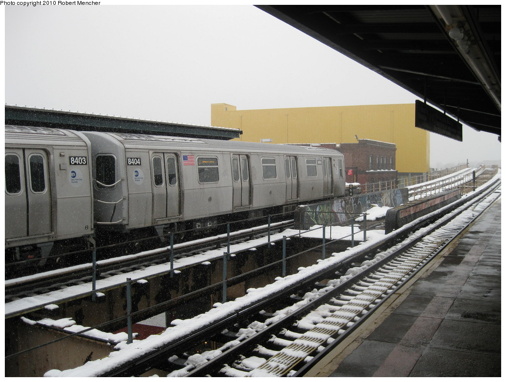 (230k, 1044x788)<br><b>Country:</b> United States<br><b>City:</b> New York<br><b>System:</b> New York City Transit<br><b>Line:</b> BMT Nassau Street/Jamaica Line<br><b>Location:</b> 121st Street <br><b>Route:</b> J<br><b>Car:</b> R-160A-1 (Alstom, 2005-2008, 4 car sets)  8404 <br><b>Photo by:</b> Robert Mencher<br><b>Date:</b> 2/16/2010<br><b>Viewed (this week/total):</b> 3 / 641