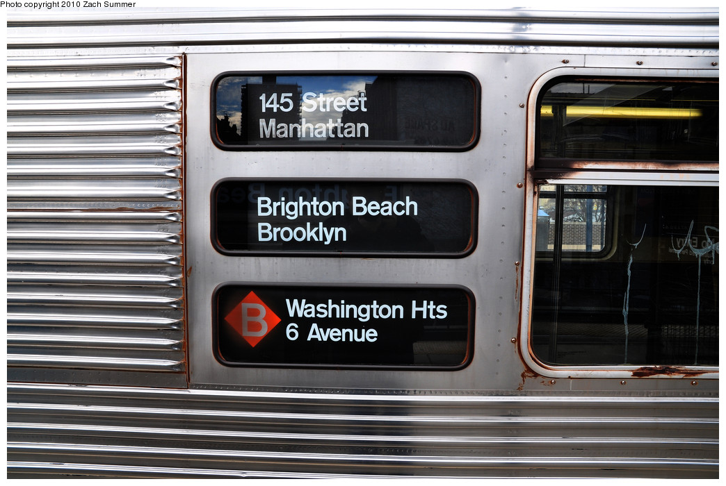 (235k, 1044x700)<br><b>Country:</b> United States<br><b>City:</b> New York<br><b>System:</b> New York City Transit<br><b>Line:</b> BMT Brighton Line<br><b>Location:</b> Brighton Beach <br><b>Route:</b> B<br><b>Car:</b> R-32 (Budd, 1964)  3611 <br><b>Photo by:</b> Zach Summer<br><b>Date:</b> 1/13/2010<br><b>Notes:</b> R32 B rollsign.<br><b>Viewed (this week/total):</b> 0 / 1673