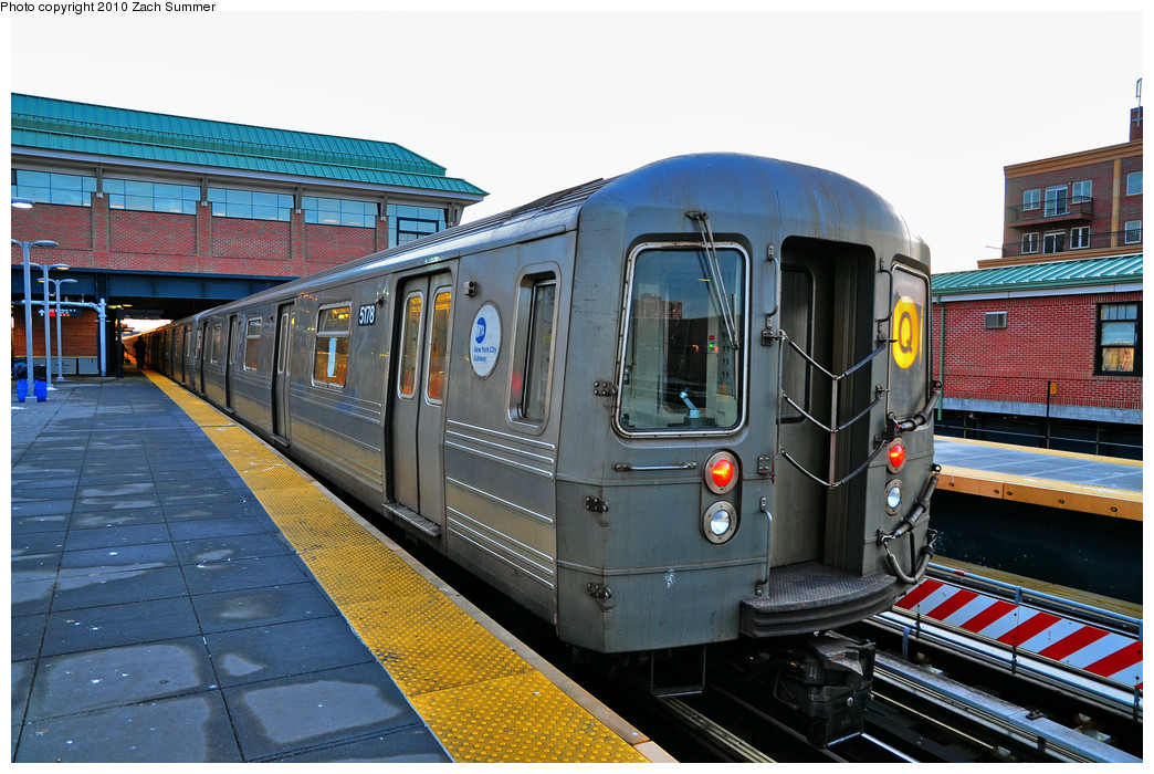 (286k, 1044x700)<br><b>Country:</b> United States<br><b>City:</b> New York<br><b>System:</b> New York City Transit<br><b>Location:</b> Coney Island/Stillwell Avenue<br><b>Route:</b> Q<br><b>Car:</b> R-68A (Kawasaki, 1988-1989)  5178 <br><b>Photo by:</b> Zach Summer<br><b>Date:</b> 1/13/2010<br><b>Viewed (this week/total):</b> 1 / 474