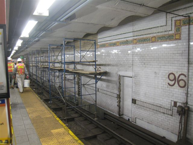 (60k, 640x480)<br><b>Country:</b> United States<br><b>City:</b> New York<br><b>System:</b> New York City Transit<br><b>Line:</b> IRT West Side Line<br><b>Location:</b> 96th Street <br><b>Photo by:</b> David Blair<br><b>Date:</b> 2/20/2010<br><b>Notes:</b> Station renovation.<br><b>Viewed (this week/total):</b> 2 / 586