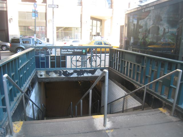 (58k, 640x480)<br><b>Country:</b> United States<br><b>City:</b> New York<br><b>System:</b> New York City Transit<br><b>Line:</b> IRT East Side Line<br><b>Location:</b> Astor Place <br><b>Photo by:</b> David Blair<br><b>Date:</b> 2/21/2010<br><b>Notes:</b> Downtown side.<br><b>Viewed (this week/total):</b> 0 / 1032