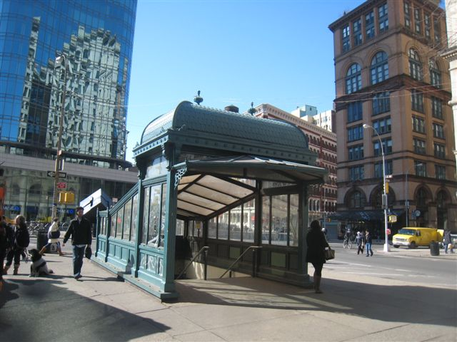 (69k, 640x480)<br><b>Country:</b> United States<br><b>City:</b> New York<br><b>System:</b> New York City Transit<br><b>Line:</b> IRT East Side Line<br><b>Location:</b> Astor Place <br><b>Photo by:</b> David Blair<br><b>Date:</b> 2/21/2010<br><b>Notes:</b> Uptown side.<br><b>Viewed (this week/total):</b> 1 / 506