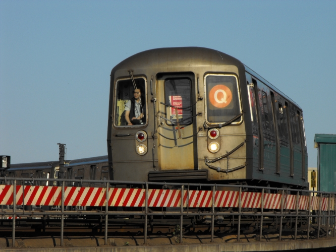 (244k, 666x500)<br><b>Country:</b> United States<br><b>City:</b> New York<br><b>System:</b> New York City Transit<br><b>Location:</b> Coney Island/Stillwell Avenue<br><b>Route:</b> Q<br><b>Car:</b> R-68/R-68A Series (Number Unknown)  <br><b>Photo by:</b> John Dooley<br><b>Date:</b> 2009<br><b>Viewed (this week/total):</b> 3 / 601