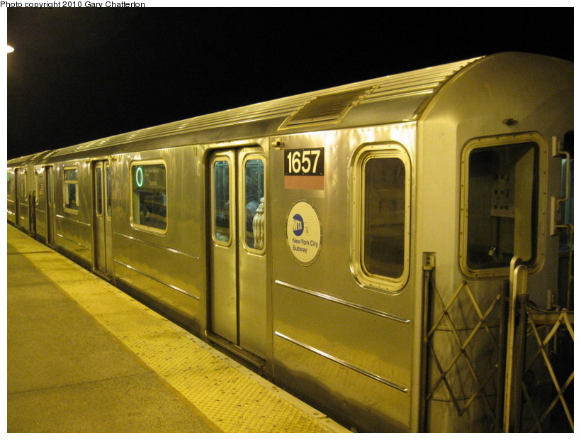 (133k, 820x620)<br><b>Country:</b> United States<br><b>City:</b> New York<br><b>System:</b> New York City Transit<br><b>Line:</b> IRT Flushing Line<br><b>Location:</b> 61st Street/Woodside <br><b>Route:</b> 7<br><b>Car:</b> R-62A (Bombardier, 1984-1987)  1657 <br><b>Photo by:</b> Gary Chatterton<br><b>Date:</b> 3/6/2010<br><b>Viewed (this week/total):</b> 1 / 946