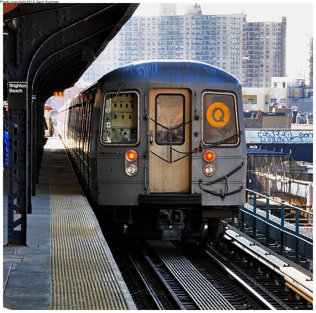 (436k, 1044x1036)<br><b>Country:</b> United States<br><b>City:</b> New York<br><b>System:</b> New York City Transit<br><b>Line:</b> BMT Brighton Line<br><b>Location:</b> Brighton Beach <br><b>Route:</b> Q<br><b>Car:</b> R-68A (Kawasaki, 1988-1989)  5126 <br><b>Photo by:</b> Zach Summer<br><b>Date:</b> 3/8/2010<br><b>Viewed (this week/total):</b> 7 / 416