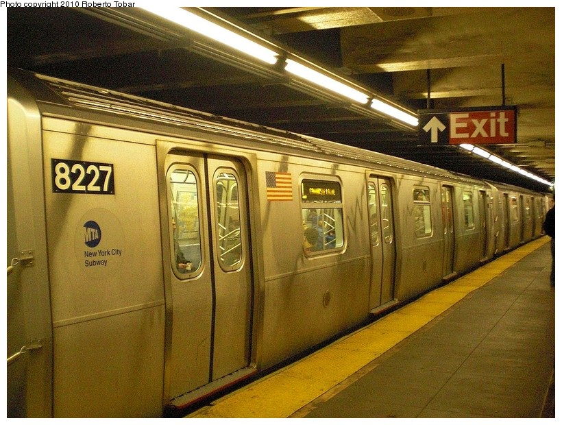 (215k, 820x620)<br><b>Country:</b> United States<br><b>City:</b> New York<br><b>System:</b> New York City Transit<br><b>Line:</b> BMT Canarsie Line<br><b>Location:</b> Grand Street <br><b>Route:</b> L<br><b>Car:</b> R-143 (Kawasaki, 2001-2002) 8227 <br><b>Photo by:</b> Roberto C. Tobar<br><b>Date:</b> 3/27/2010<br><b>Viewed (this week/total):</b> 0 / 990