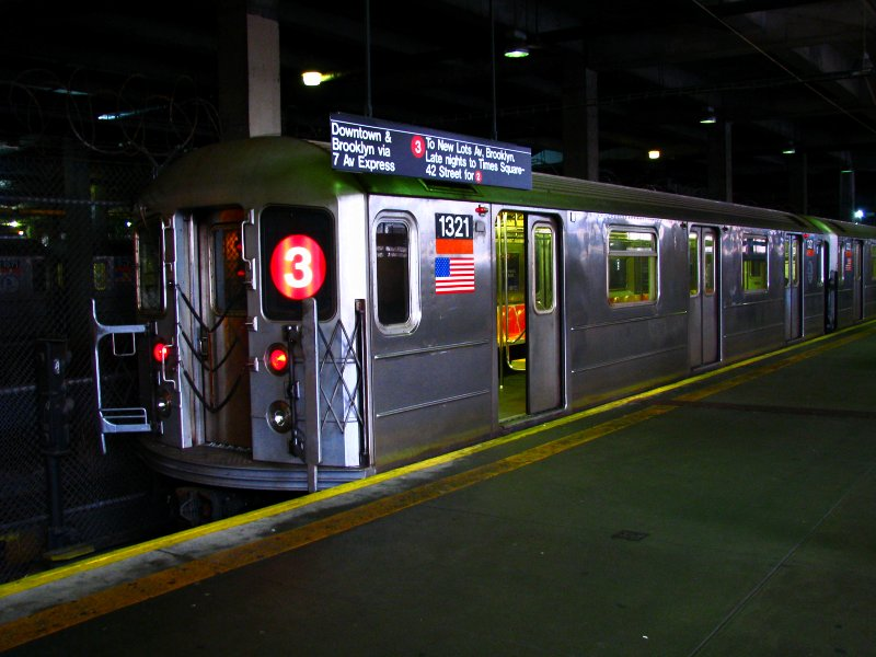 (96k, 800x600)<br><b>Country:</b> United States<br><b>City:</b> New York<br><b>System:</b> New York City Transit<br><b>Line:</b> IRT Lenox Line<br><b>Location:</b> 148th Street/Lenox Terminal <br><b>Route:</b> 3<br><b>Car:</b> R-62 (Kawasaki, 1983-1985)  1321 <br><b>Photo by:</b> Bill E.<br><b>Date:</b> 2/19/2010<br><b>Viewed (this week/total):</b> 0 / 1372