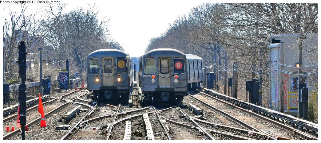 (285k, 1044x466)<br><b>Country:</b> United States<br><b>City:</b> New York<br><b>System:</b> New York City Transit<br><b>Line:</b> BMT Brighton Line<br><b>Location:</b> Kings Highway <br><b>Route:</b> Q<br><b>Car:</b> R-68A (Kawasaki, 1988-1989)  5126 <br><b>Photo by:</b> Zach Summer<br><b>Date:</b> 3/9/2010<br><b>Notes:</b> With R68 2834 on the B<br><b>Viewed (this week/total):</b> 3 / 998
