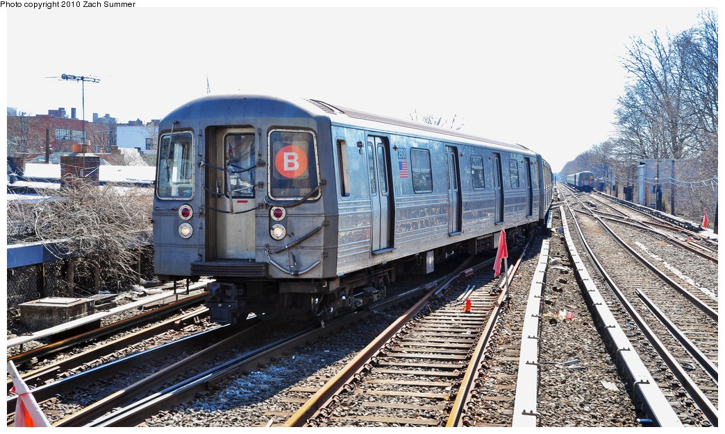 (270k, 1044x626)<br><b>Country:</b> United States<br><b>City:</b> New York<br><b>System:</b> New York City Transit<br><b>Line:</b> BMT Brighton Line<br><b>Location:</b> Kings Highway <br><b>Route:</b> B<br><b>Car:</b> R-68 (Westinghouse-Amrail, 1986-1988)  2908 <br><b>Photo by:</b> Zach Summer<br><b>Date:</b> 3/9/2010<br><b>Viewed (this week/total):</b> 5 / 589